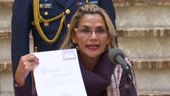 La Presidenta de Bolivia pide convocar a una nuevas elecciones
