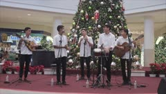 Encienden la Navidad en Plaza Carolina con el Black Friday