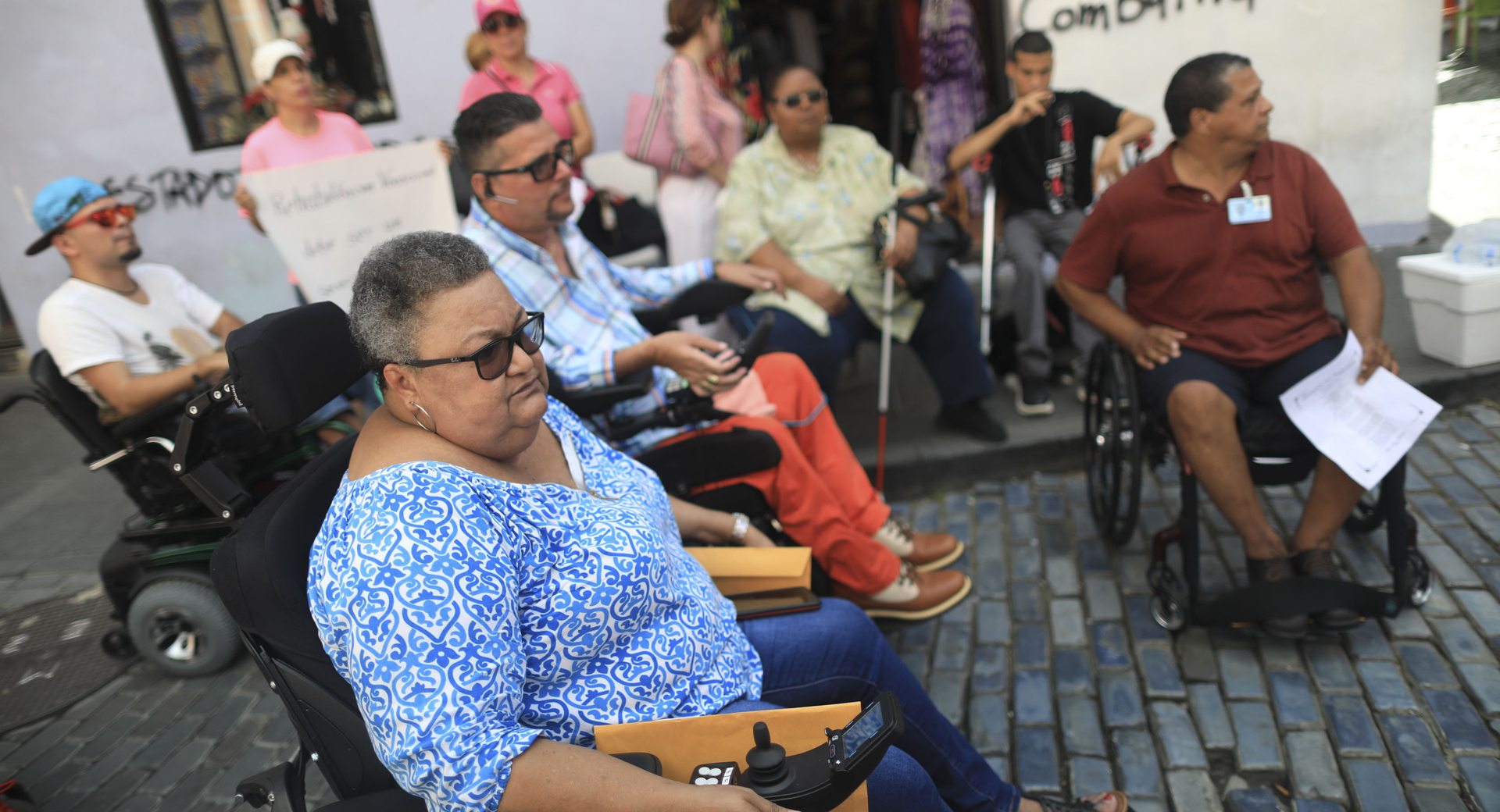 Llegan los reclamos de las personas con impedimento a La Fortaleza
