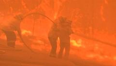 Fuera de control los incendios en el norte de Sidney
