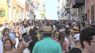 Así está el ambiente en las Fiestas de la Calle San Sebastián