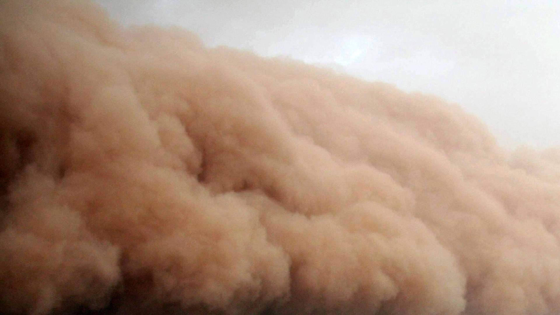 Espeluznantes tormentas de polvo y granizo en Australia