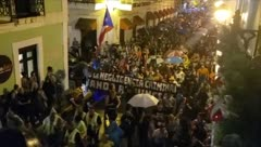 Así marcharon contra el gobierno de Wanda Vázquez