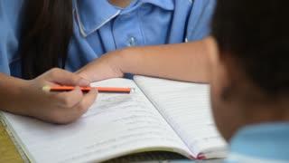 ¿Cómo manejar el miedo de tus hijos en el regreso a clases tras el terremoto?