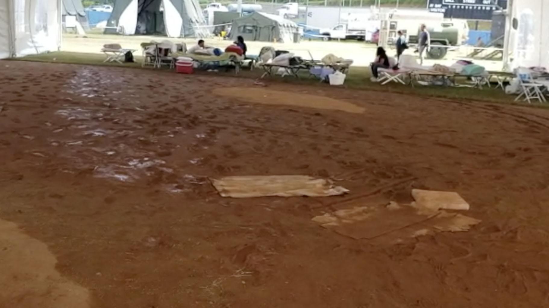 Víctimas del terremoto narran cómo se inundó el refugio en Yauco