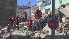 Turquía busca supervivientes del terremoto