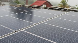 Cooperativa boricua apuesta a la energía renovable