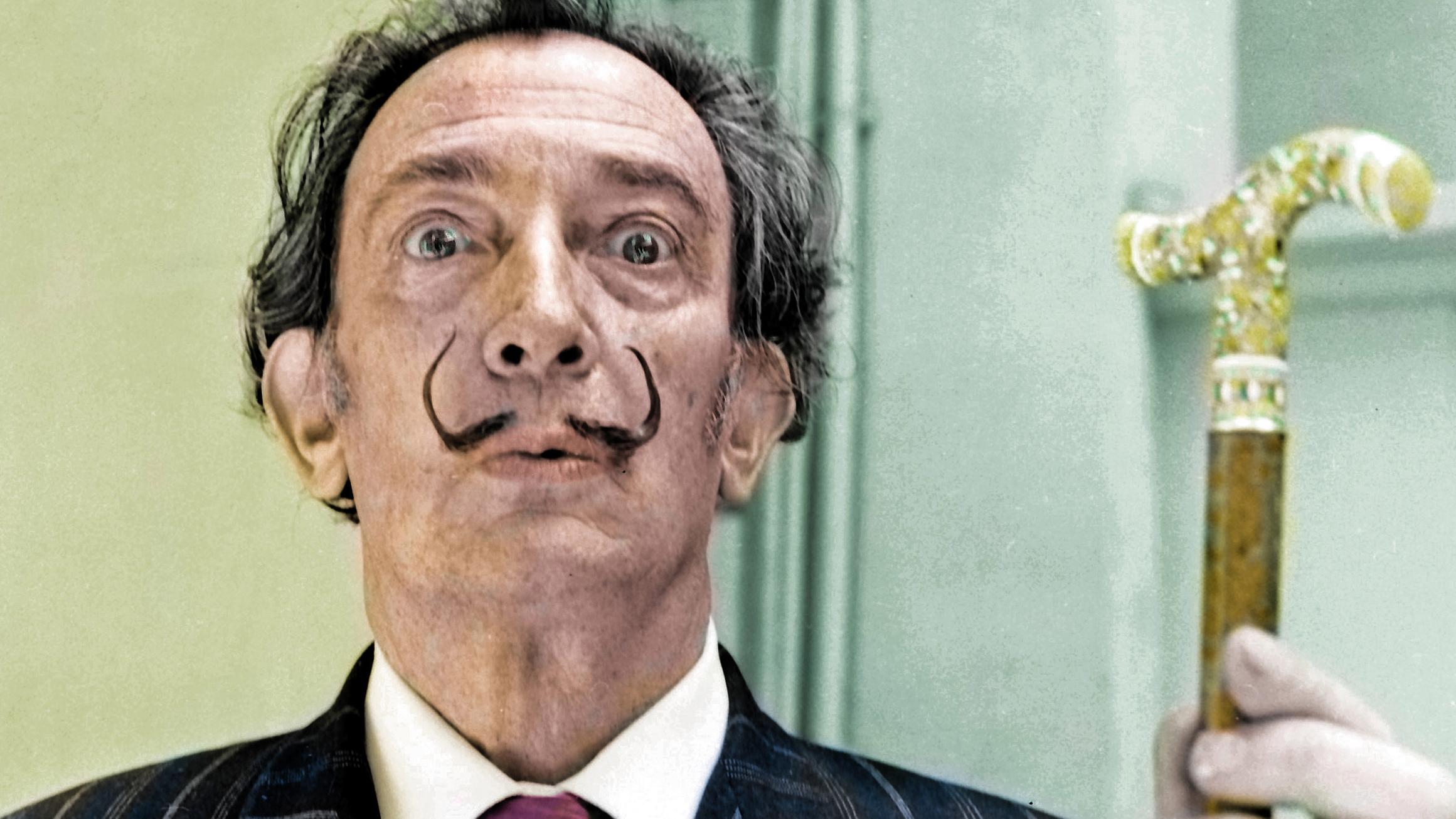 Roban obras valiosas de Salvador Dalí, maestro del surrealismo