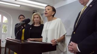 """Nydia Velázquez: """"Insistimos que a Puerto Rico se le provean los mismos recursos que a Texas y Florida"""""""