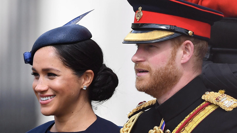 Revelan la fecha en que Harry y Meghan dejarán la realeza