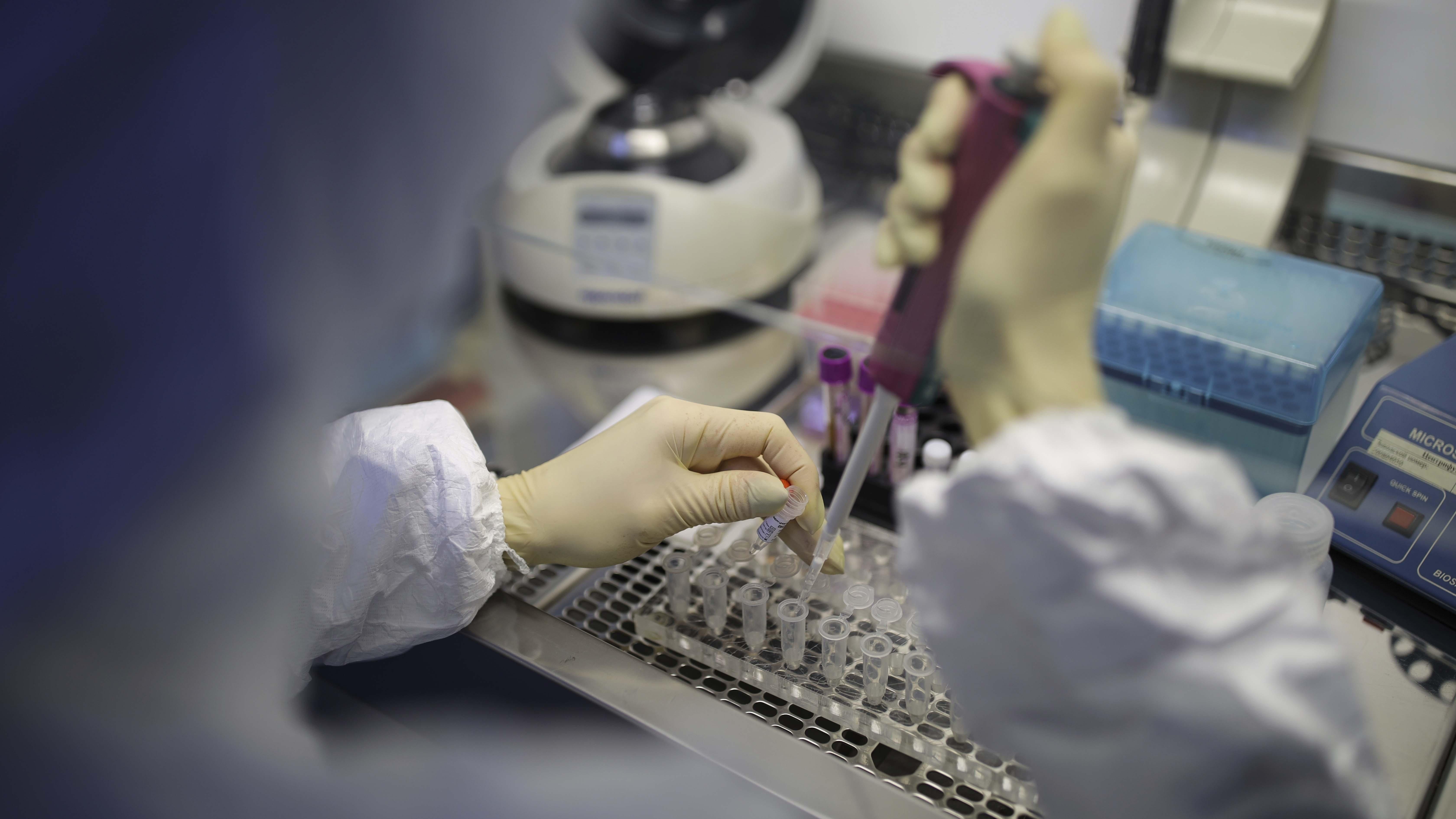 Ensayarán con humanos para crear la vacuna del coronavirus