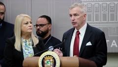"""Trump encomendó a Peter Brown de """"hacer que las cosas funcionen"""" en Puerto Rico"""