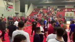Juego de baloncesto entre la UPR de Ponce y la Católica termina en tremenda pelea