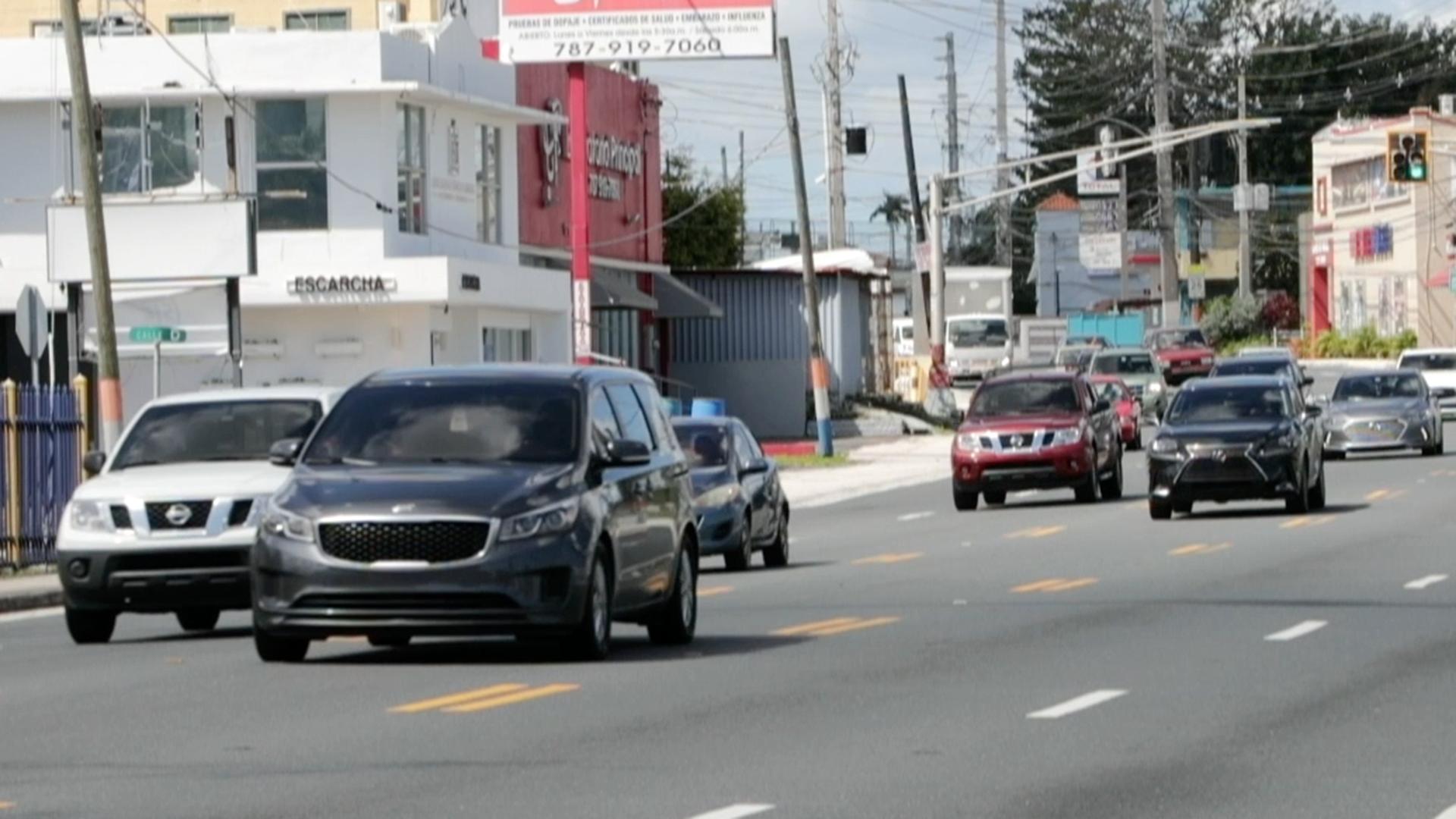 Vaivén de carros pese a la cuarentena en la zona metropolitana