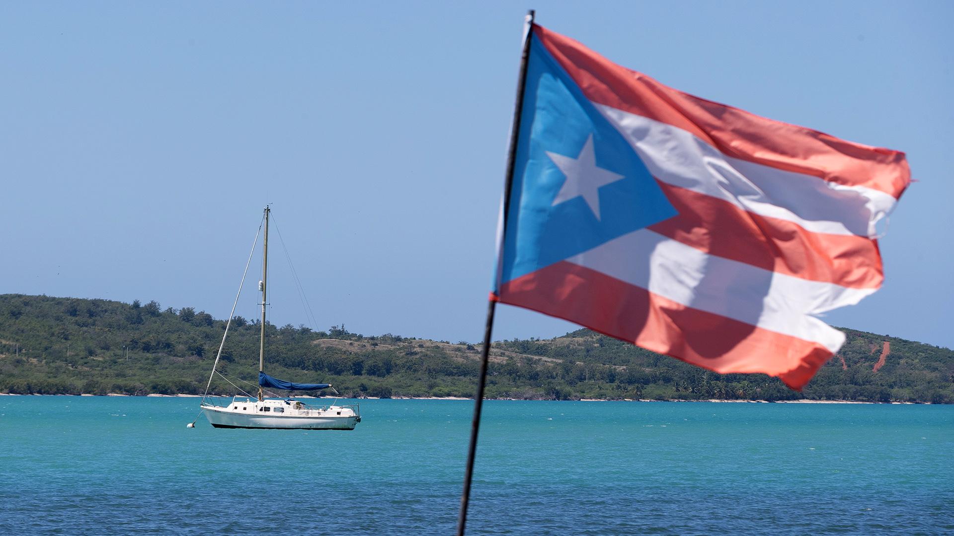 Enojo por veleros que llegan a Cabo Rojo en la cuarentena