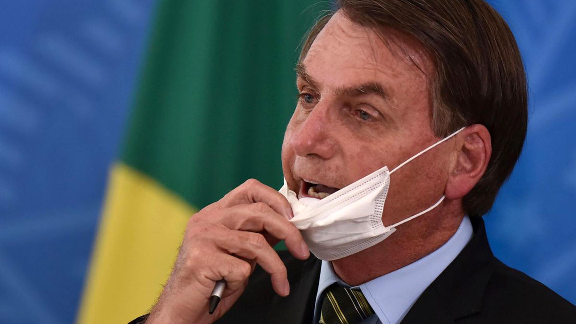 """Jair Bolsonaro ya no cree que el COVID-19 es una """"gripecita"""""""