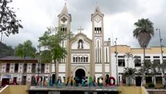Implican a 15 sacerdotes en un escándalo de abuso sexual en Colombia