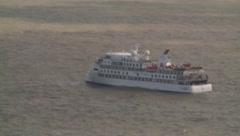 ¿Quién salvará a este crucero? Envían vuelo humanitario a Uruguay