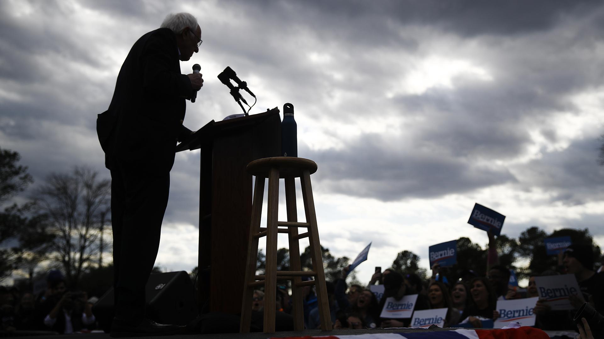 El mensaje de Bernie Sanders al abandonar la carrera presidencial