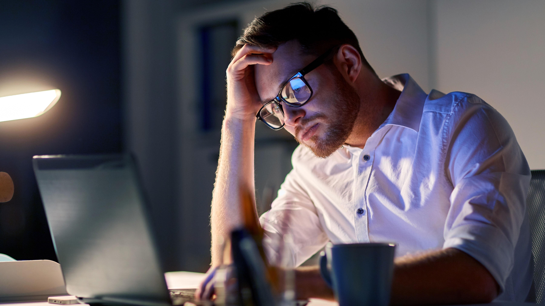 ¿Por qué las videollamadas causan estrés y fatiga?