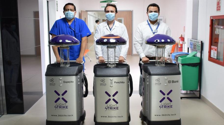 """""""Panchito"""", """"Espejito"""" y """"Boni"""", robots estrella contra el COVID-19"""
