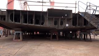 Construcción del barco Emerald Azzurra en Ha Long City, Vietnam