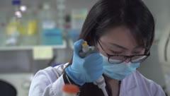 """Laboratorio cree que puede frenar la pandemia """"sin vacuna"""""""