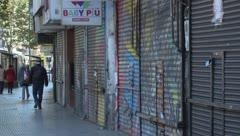 Reapertura de tiendas en Buenos Aires termina mal