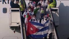 Reciben como héroes a médicos cubanos que salvaron vidas en Italia