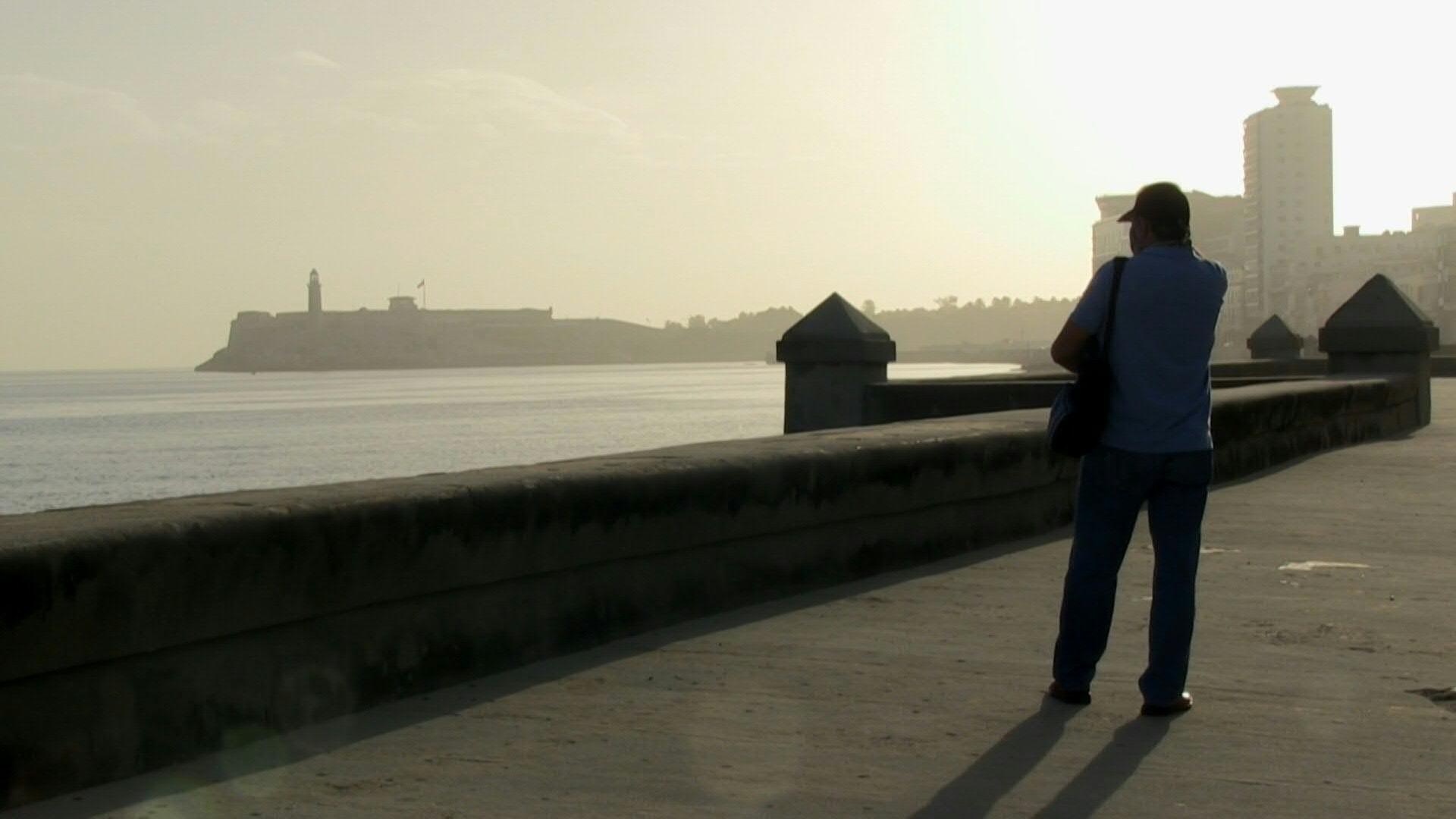 Enorme nube de polvo oscurece a Cuba