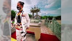 """¡Impresionante! 9 trajes creados con """"duct tape"""""""