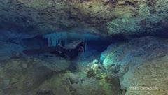 Descubren antigua mina de ocre en cuevas submarinas de México