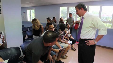 Garc a padilla visita oficinas de desempleo - Oficina de desempleo ...