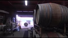 Una antingua receta para fermentar uvas produce vino naranja
