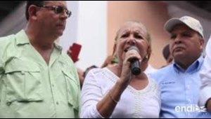 Ciudadanos y alcaldes marchan hasta La Fortaleza en prote...