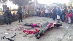 Un helicóptero cae mientras inspeccionaba el epicentro de...