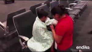 Emotiva reunión entre una madre migrante y su hijo tras un mes sin verse