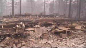 Más de 1,000 desaparecidos por incendio en California
