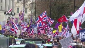 Los británicos siguen divididos por Brexit antes del voto del parlamento
