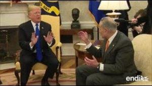 Donald Trump discute con los líderes demócratas frente a las cámaras