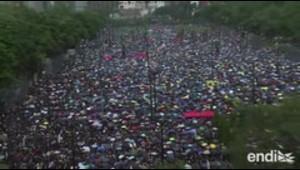 Gigantesca manifestación convoca a cientos de miles en Ho...
