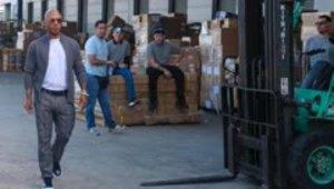 Fundación de Miguel Cotto recibe donativos para continuar...