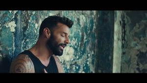 """En primicia, vistazo al nuevo vídeo de Ricky Martin """"Tibu..."""
