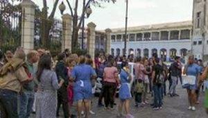 Esta fue la reacción de los cubanos al terremoto de magni...