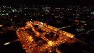 Dron policiaco captura imágenes de Caguas bajo el toque d...