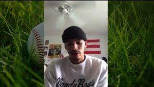 Honrado el prospecto Alan Espinal de jugar en Vanderbilt