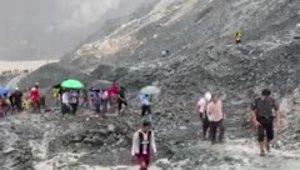 Tragedia minera por terrible deslizamiento de tierra