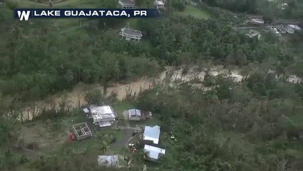 Captan desde el aire el fallo de la represa en el lago Guajataca