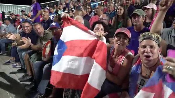 Los boricuas estremecen el Hiram Bithorn durante los Puerto Rico Series