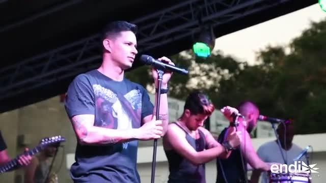 Leoni Torres contento de cantar junto a Gilberto Santa Rosa